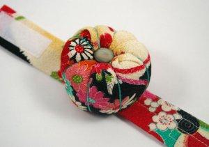 bethanyeowyn-wristband pincushion